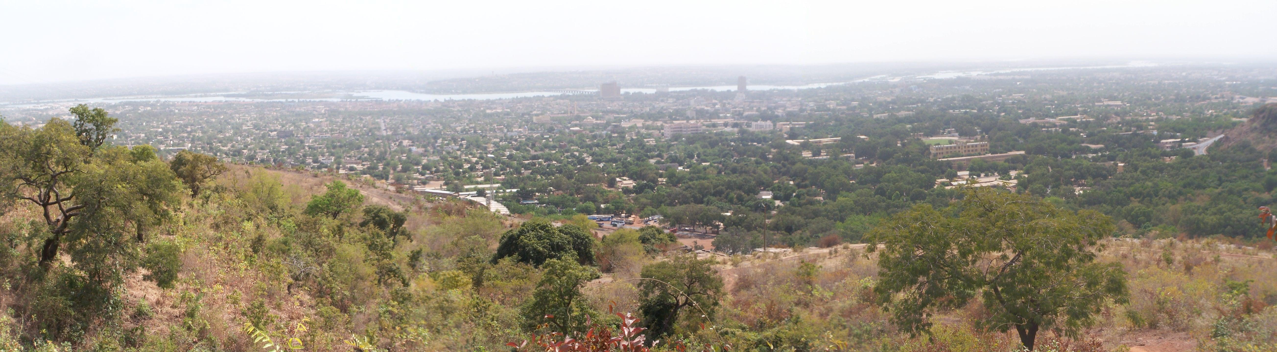100_3813 Bamako panorama